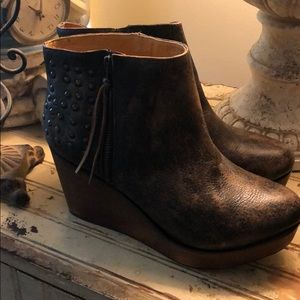 Bed Stu boots/wedge
